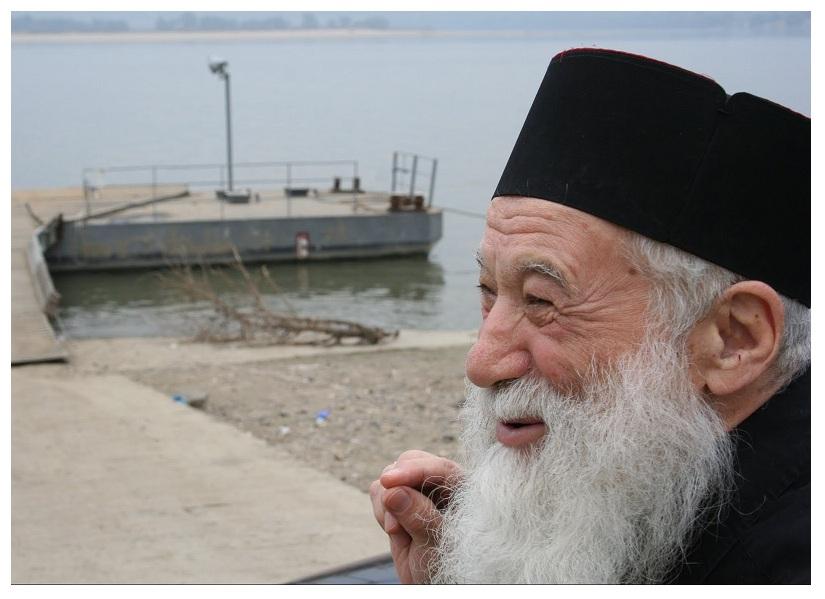 Părintele Gheorghe Calciu în deltă