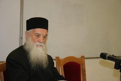 Pr. Gheorghe Calciu vorbind la Cluj (2006) în ultima sa cuvântare publică