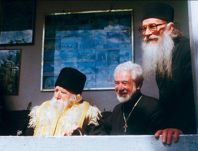 Părintele Gheorghe Calciu în vizită la Pr. Cleopa